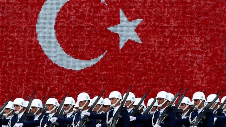 Turkey dismisses 15,000 more state employees after coup bid