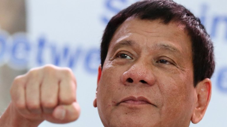 Philippines' Duterte: If ISIS comes to my country, forget human rights