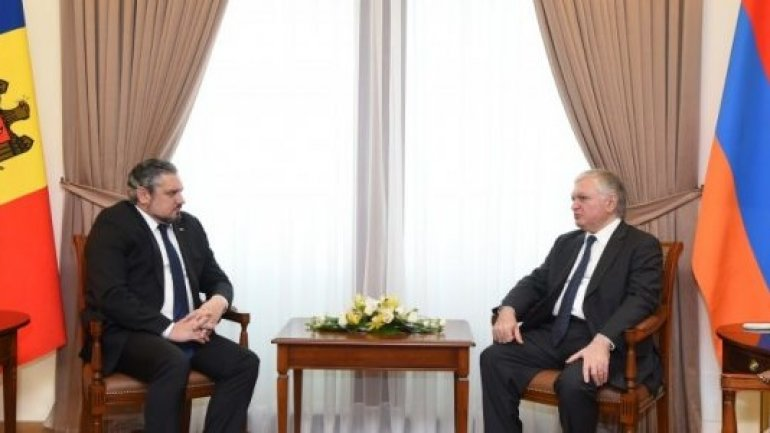 MUTUALLY. Moldova and Armenia cancel visas for travellers