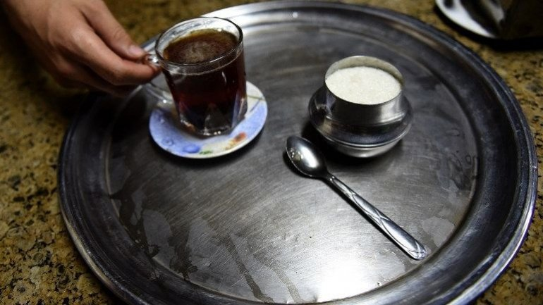 Egyptian policeman gets life sentence for killing man over cup of tea