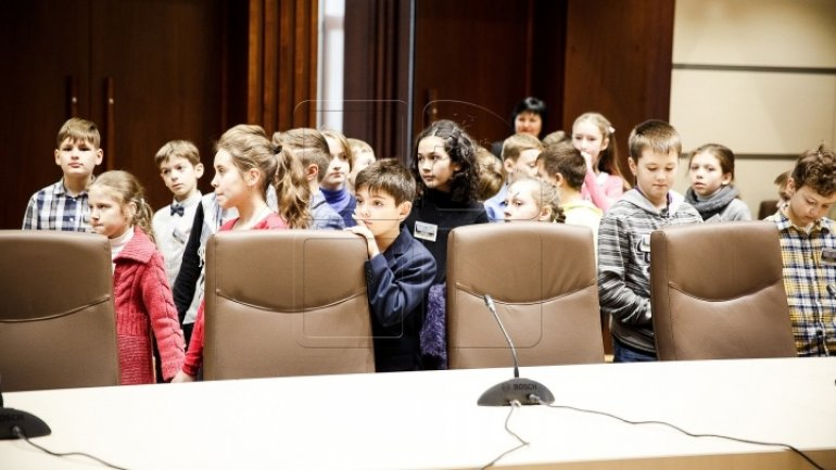 Parliament visited by group of children (PHOTOREPORT)