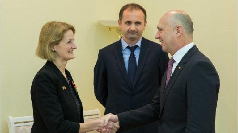 Moldovan prime minister receives British ambassador