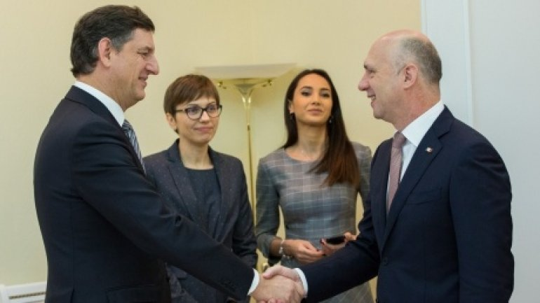 Moldovan Premier and Romanian Economy Minister discuss energy projects in Chisinau