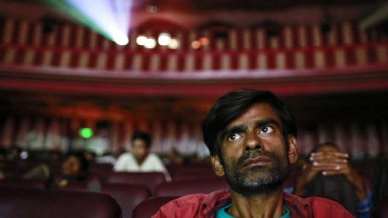 India cinemas ordered to play national anthem
