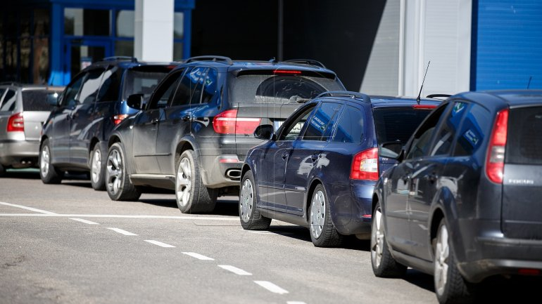 Pavel Filip asked for measures to ease traffic at border customs points