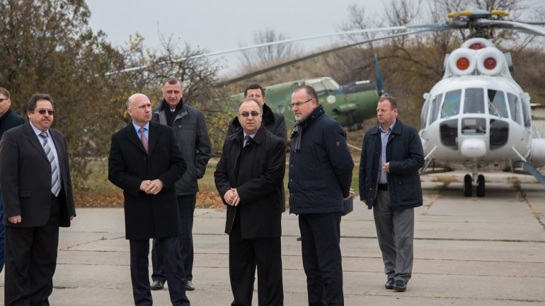 Prime Minister visits Marculesti International airport in north Moldova