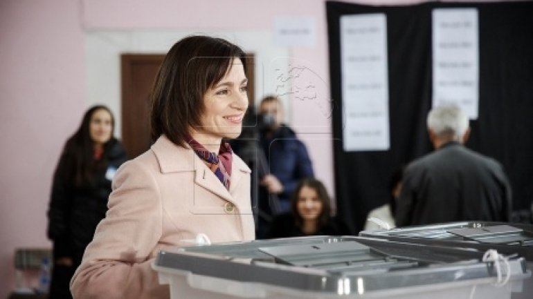Maia Sandu relies on support of diaspora for presidential runoff