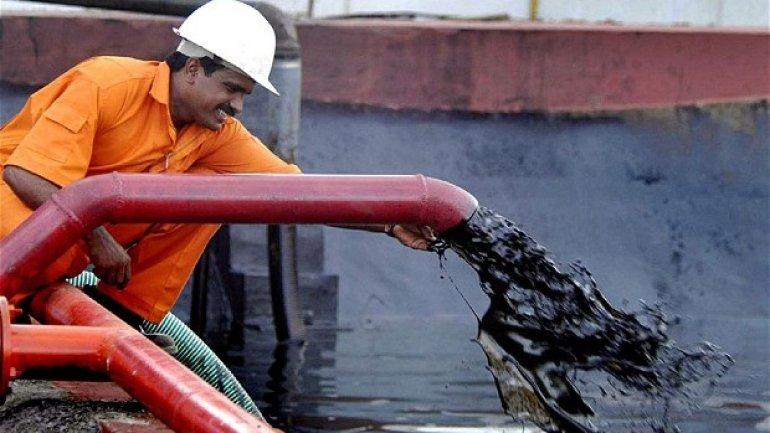Iran sells more oil to India than Saudi Arabia