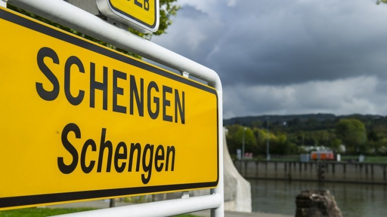 Moldovans may be required to fill out a form and pay 5 euro in order to enter Schengen Zone