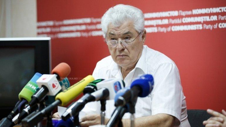 Moldovan Communists re-elect same leader
