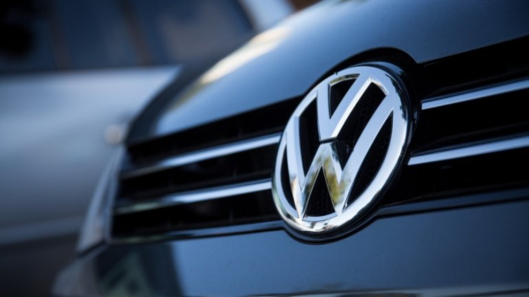 Emissions scandal aftermath: VW to build its own battery factory for e-cars