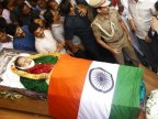 Thousands mourn India's colourful politician