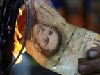 Venezuela delays 100-bolivar banknote withdrawal