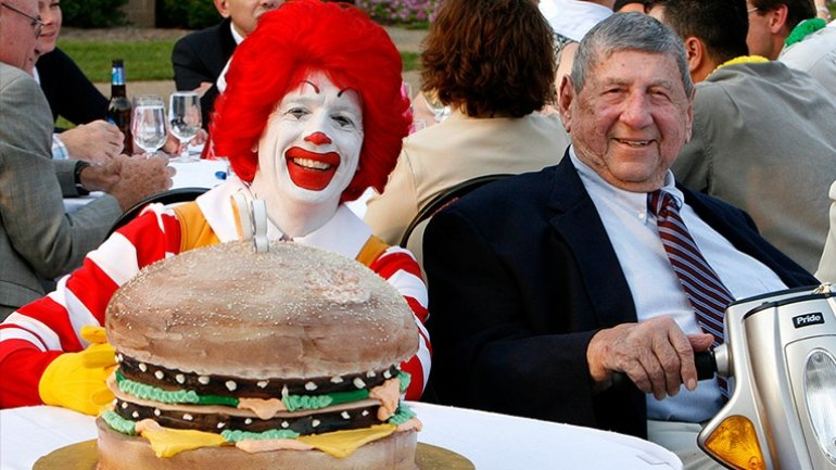 Creator of McDonald's Big Mac dies at age 98