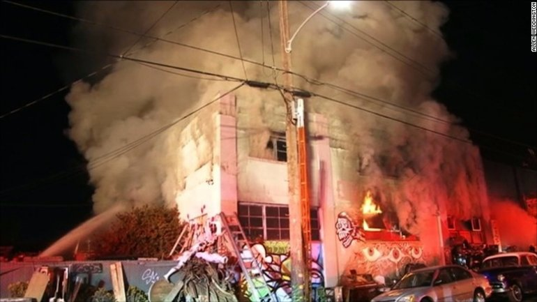 Oakland fire: Dozens feared dead in club night blaze (PHOTO/VIDEO)