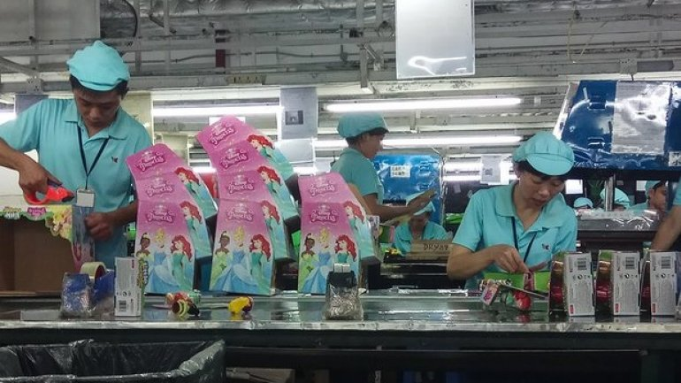 The grim truth of Chinese factories producing Christmas toys