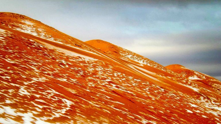 Snow falls in Sahara desert for first time in more than 37 years (PHOTO)