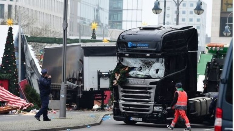 Berlin attack: Police uncertain detained suspect drove lorry