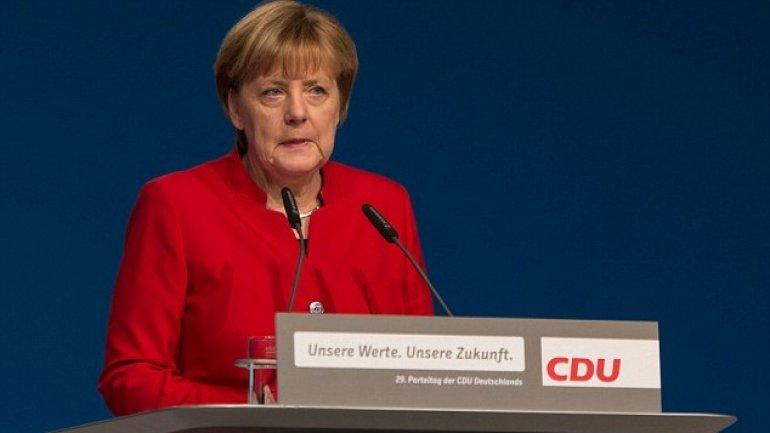 Chancellor Angela Merkel calls for ban on full Islamic veils