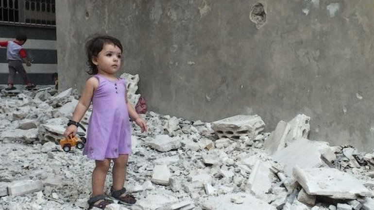 Aleppo children beg to be rescued in heartbreaking video from bombed out Syrian city (VIDEO)