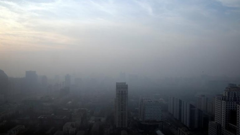 Red alert pollution declared in Beijing and other 21 Chinese cities