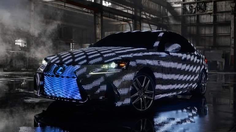 Lexus covered car with 41,999 LEDs to create most phantasmagoric ride ever made (VIDEO)