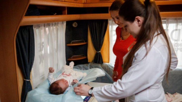 Number of children born out of marriage, on rise in Moldova
