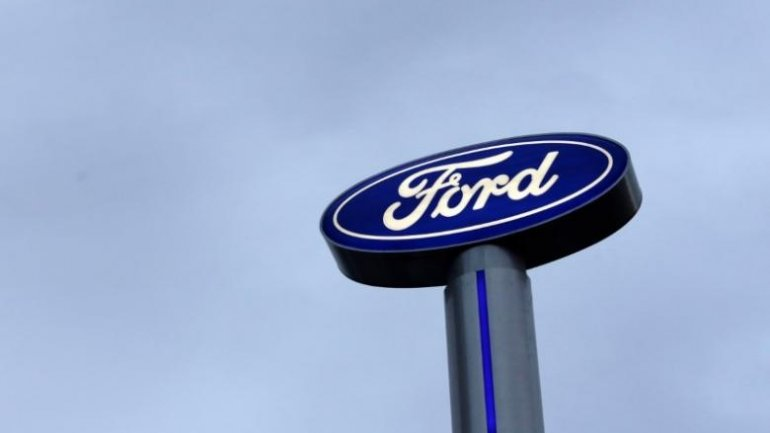 Ford recalls 680,000 vehicles including Fusion, Lincoln MKZ
