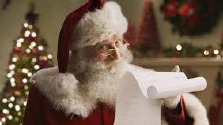 """Fat-shaming Santa"" left nine-year-old boy in tears"