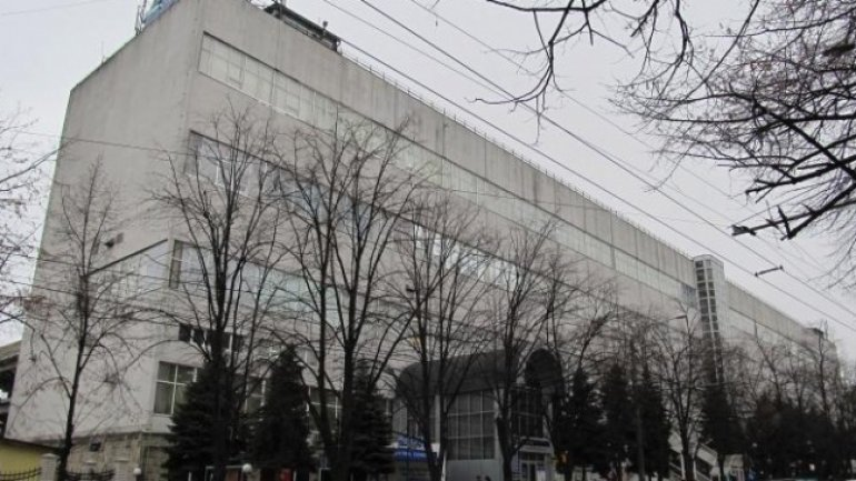 MOB STORY: How Renato Usatii raided and controls a mall in Chisinau