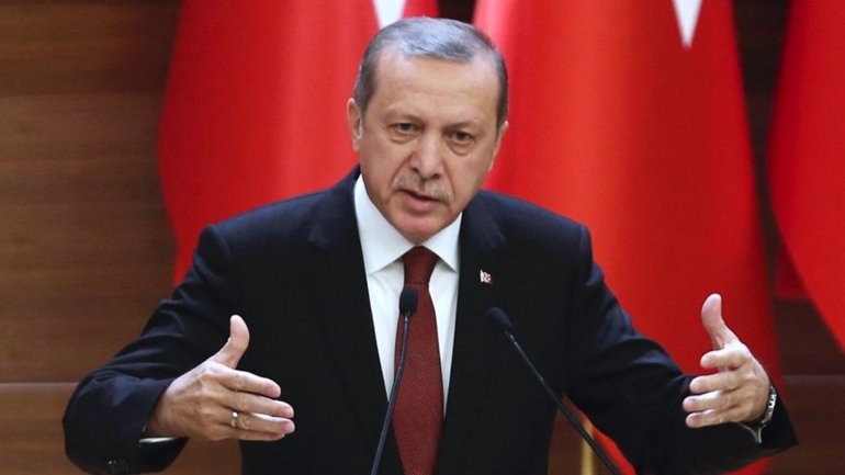 Ruling party in Turkey submits draft law aiming at expanding Erdogan's powers as president
