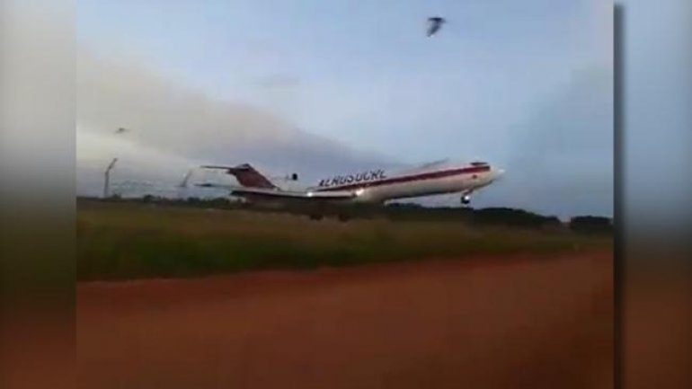 Cargo plane crashes shortly after takeoff in Colombia (VIDEO)