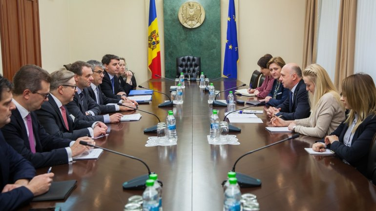 Moldovan prime minister meets with European Investment Bank vice president (PHOTO)