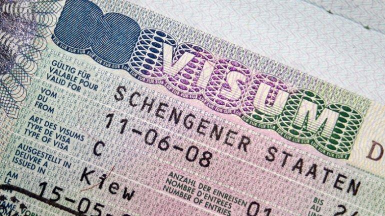 EU Parliament: Visa-free regime in danger of being suspended