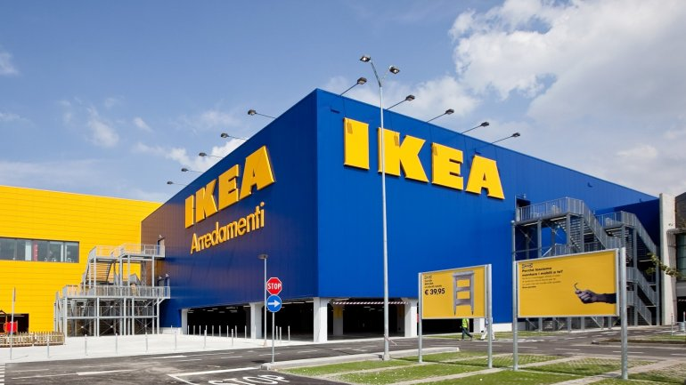 Ikea is giving every member of its staff 1,200 pounds