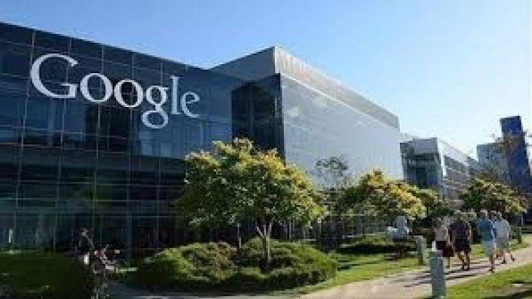 Google published eight National Security Letters