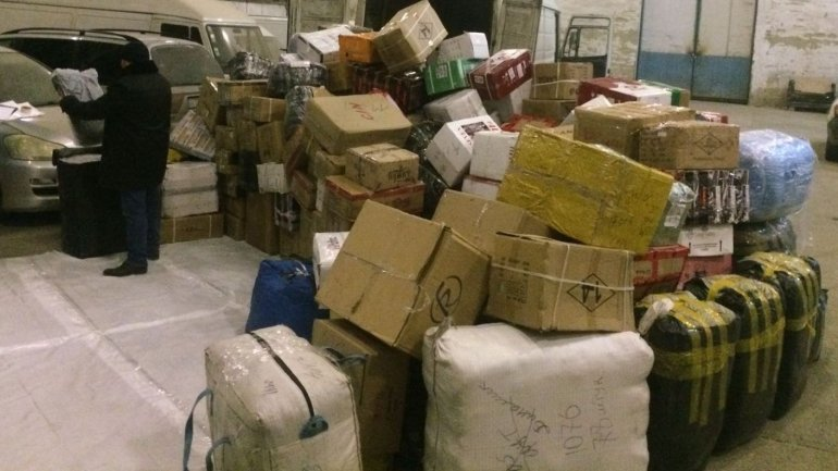 Smuggling goods of value exceeding one million lei found by Customs Service