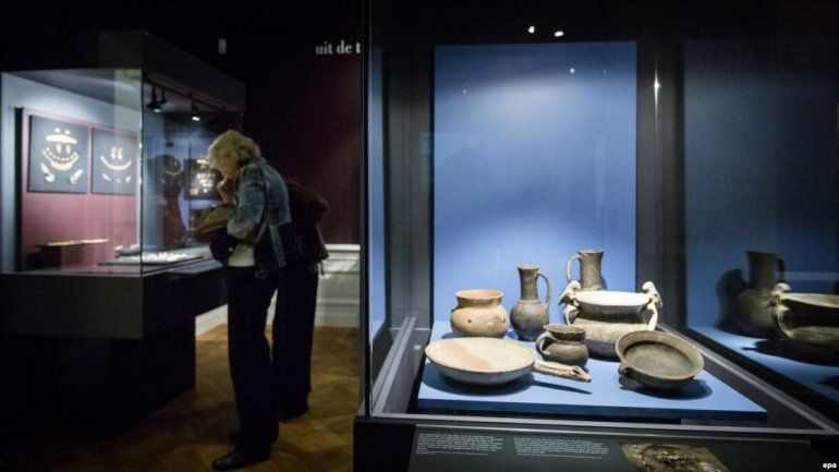 Dutch court orders to return gold artifacts to Ukraine, instead of occupied Crimea