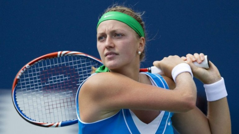 Petra Kvitova out for three months after hand surgery following knife attack