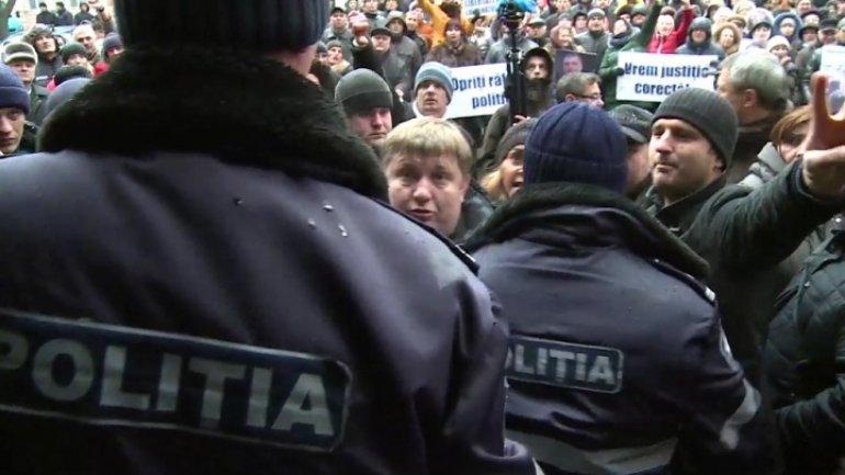 Journalists condemn untoward behaviour of Renato Usatii's supporters