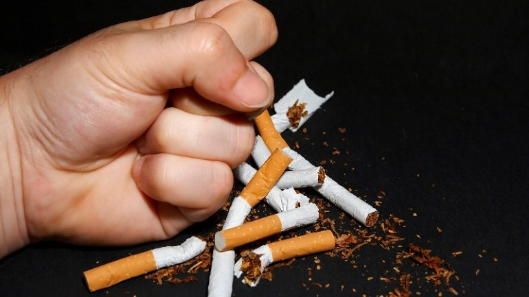 Statistics: More than quarter of Romanians aged 15 and over are smokers
