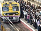 India teenagers die while taking selfies with train