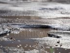 Frost cracks roads in Chisinau