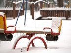 Cold weather closes more schools in northern Moldova
