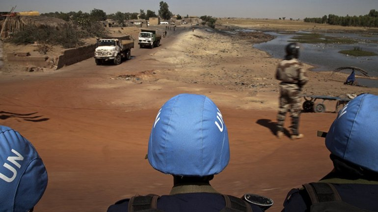 Car bomb attack leaves at least 37 dead on military base in northern Mali