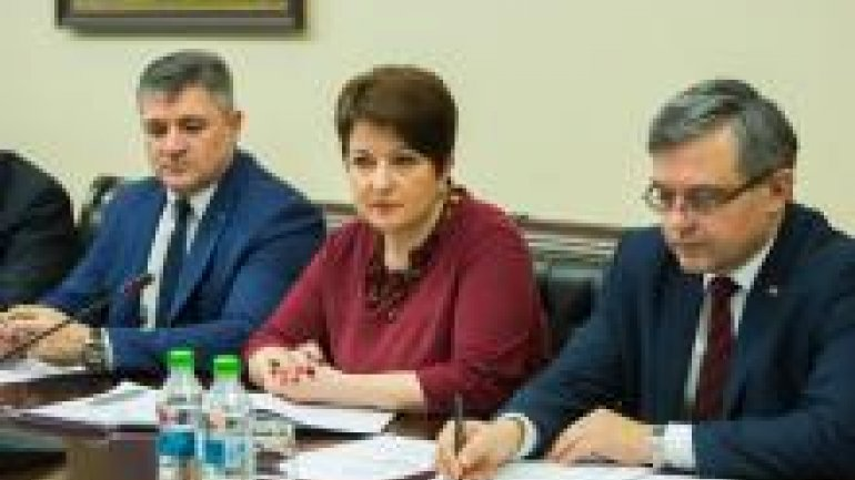 Prime Minister asks for initiation of state oversight reform in public health