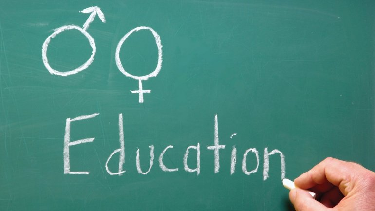 """""""Young Teachers Network"""" specialists teach sexual education in Capital schools"""