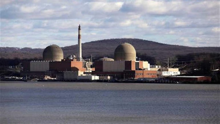 Aging Indian Point nuclear power plant to close by 2021