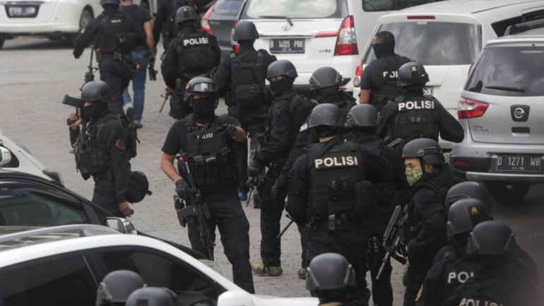Indonesian authorities detain 17 persons returning from Syria