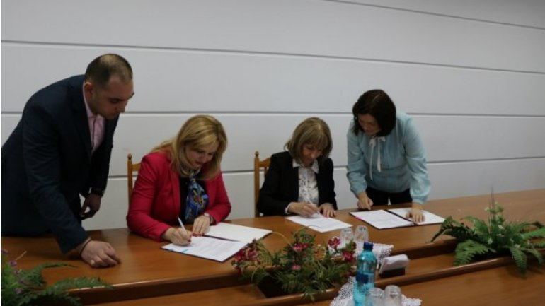 Ministry of Health and UNDP sign agreement of medicines purchase for 2017
